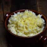 Ryż z masłem i serem
