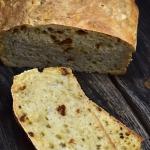 Chleb z suszonymi...