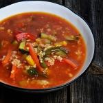Pożywna zupa z mięsem...