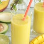 koktajl z mango i awokado