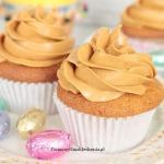 muffinki z jajeczkiem