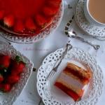 Tort Truskawkowy na Biszk...