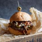 Pulled Pork Burger z suro...