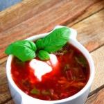 Zupa z botwinki –...