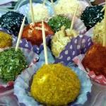 Kolorowe kuleczki serowe