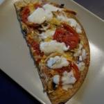 Pizza z szynka na spodzie...