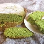 Puszysta zielona babka