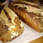 orkiszowy razowy chleb z ...