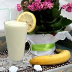 Koktajl awokado-bananowy