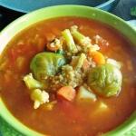 Zupa warzywna z kaszą...