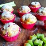 Szybkie muffinki z rabarb...
