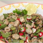Salatka z bobem i pieczar...