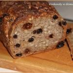 Chleb pelnoziarnisty z po...