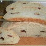 Chleb piwny z suszonymi...