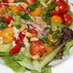 Salata z makrela i pomido...