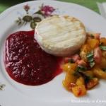 Camembert w sosie malinow...