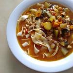 Warzywna zupa z mięsem...