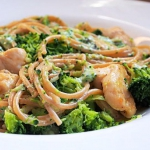 Spaghetti z brokulami i k...