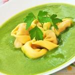 Krem z zielonych warzyw...