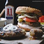 Przepyszne burgery BBQ z ...