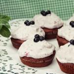 Muffiny w jagodowym...
