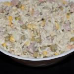 Salatka z makaronem blysk...