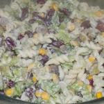 Salatka z makaronem i cze...