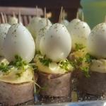 Jajeczka z biala kielbasa...