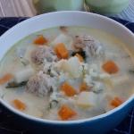 Zupa z kalarepy z ryżem...