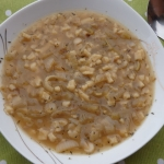 Zupa cebulowa z tartymi...