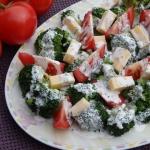 Salatka brokulowa z sosem...