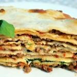 Lasagne z mięsem i...