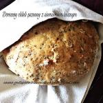 Domowy chleb pszenny z...