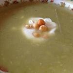 Zupa z świeżego ogórka