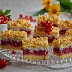 Kruche ciasto z czerwonym...