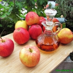 Domowy ocet jablkowy.