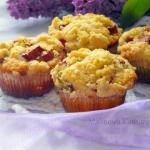 Muffiny z rabarbarem i...