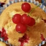 Muffiny z czerwoną...