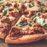 Pizza z kurczakiem i...