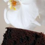 Ciemne ciasto z...
