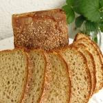 Żytni chleb z semoliną