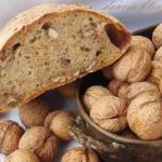 Chleb z orzechami wloskim...