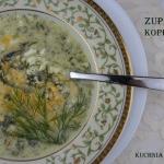 Zupa koperkowa z zoltkami...