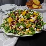 Lekka salatka z granatem
