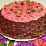 Tort kosz malinowo- kokos...