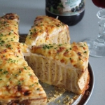 Zakręcany tost zserem...