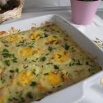 Jajka wkolorowym sosie