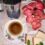 Dobra kawa i… coś...