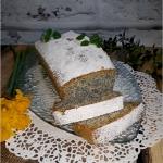 Wilgotne ciasto z makiem