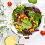 Fit salatka z mlodymi lis...
